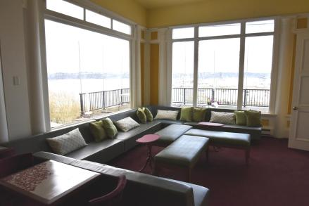 Union Club Tacoma clubroom lounge coworking office space